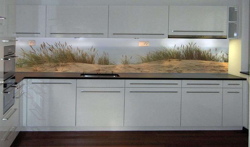 k1demo_002_mit_0200439_stranblick.jpg - Glasabdeckung Küche Preise